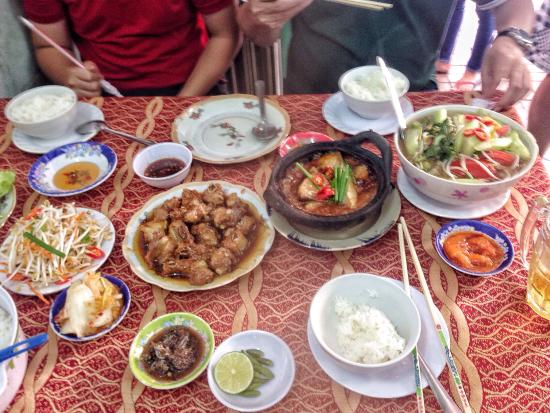 Visit this place everytime we're in town. All of the pickled vegetables and mắm are complimentar