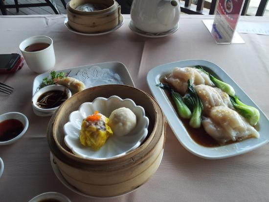 hong kong chee cheong fun   some other dim sum dishes