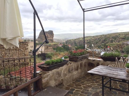 Anitya Cave House: deck view