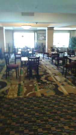 Holiday Inn Express & Suites - The Villages: Breakfast and meeting room