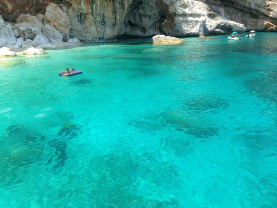 Баунеи, Италия: acque limpide