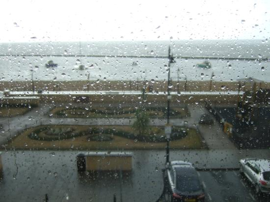Victoria Hotel: wet day,view from bedroom