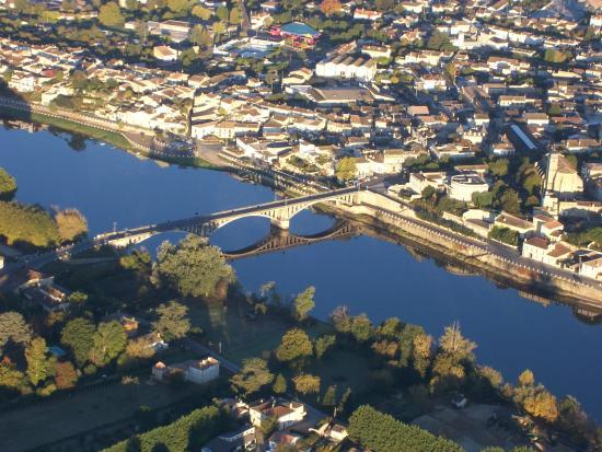 Castillon-la-Bataille, Francia: Le pont de Castillon la Bataille