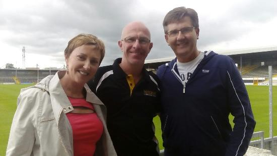 Kilkenny, Irland: Daniel and Majella o Donnel.... Special guests on the hurling tour