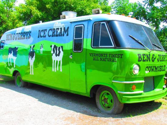 Waterbury, Βερμόντ: A van... the original van was lost...