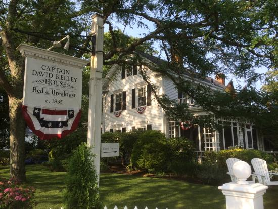 Captain David Kelley House: The house