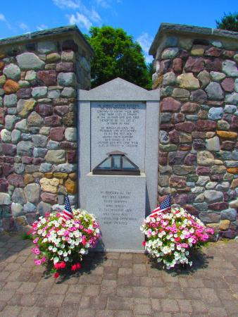 Sharon, VT: Vietnam Memorial