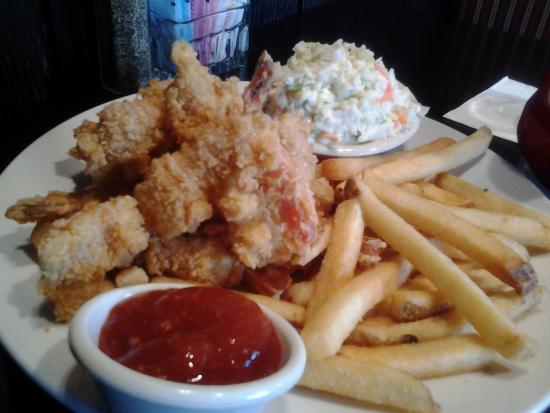 Beer batter shrimp with fries and coleslaw - Picture of Cheddar's ...