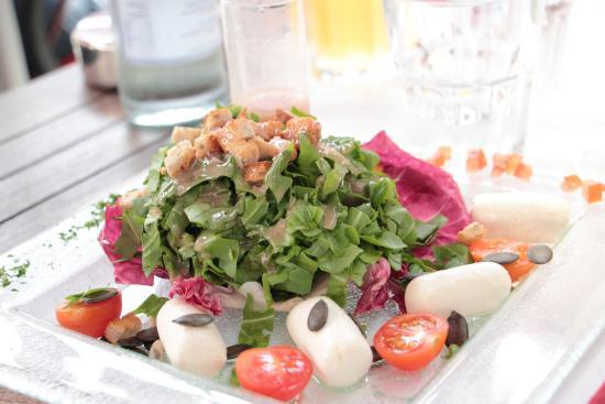 Ristorante Albrici: Appetitlich angerichtet - der Salat