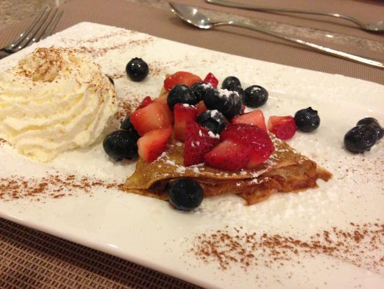 Dessert crepe half order picture of chez titi salon de for Salon de te