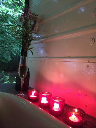 Chalford, UK: So romantic!