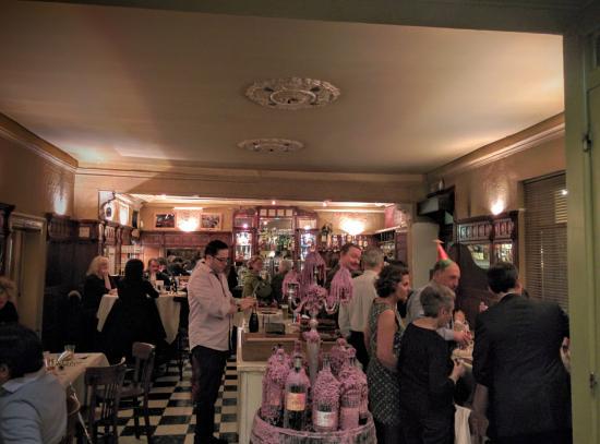 Drogenbos, Belgia: Bar (salle à l'avant), Réveillon Nouvel An