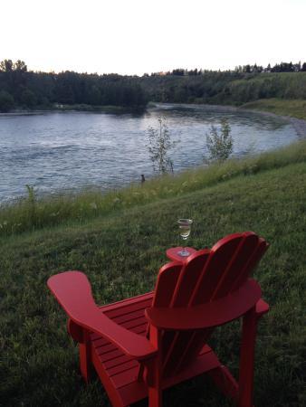 Along River Ridge: Glass of wine