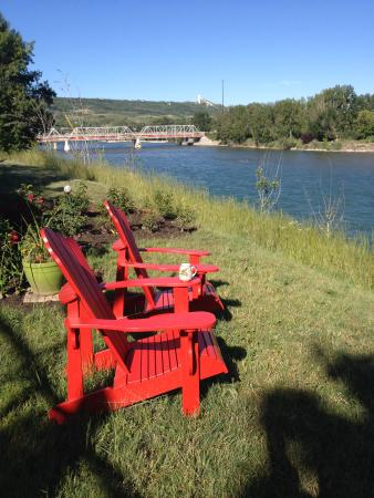 Along River Ridge: Cup of coffee