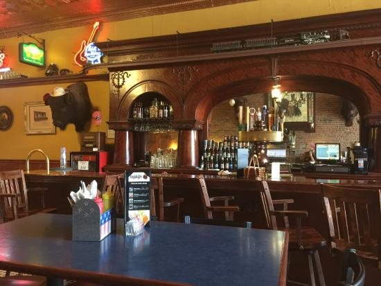 Picture of bumpin buffalo bar grill hill city tripadvisor - Buffalo american bar and grill ...