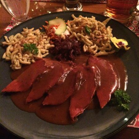 John Gyles Motor Inn & Restaurant : Sauerbraten (large)