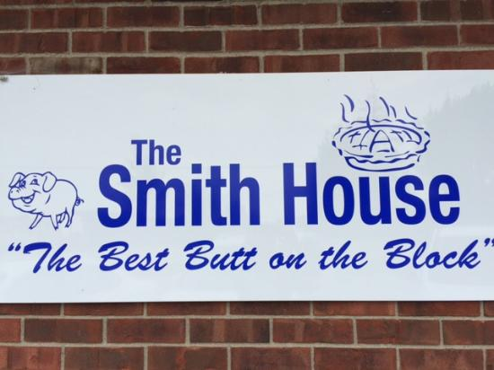 The Smith House: New sign to replace small older sign