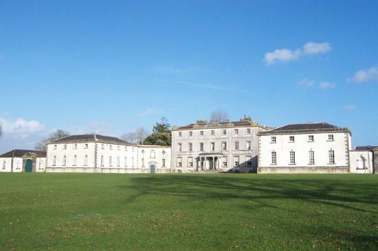 Percy French Hotel: Strokestown Park House