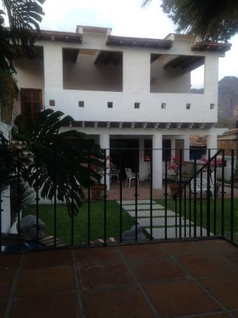 Villas Xochiquetzal Hotel: Vista de la habitación