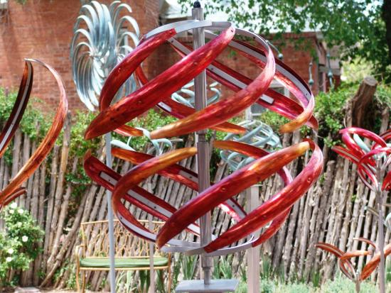 Tubac, AZ: Mark White Kinetic Sculptures located at the K Newby Gallery & Sculpture Garden