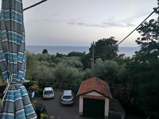 La Baia di Fiascherino : View from the window