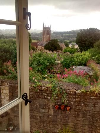 Bathford, UK: bedroom view