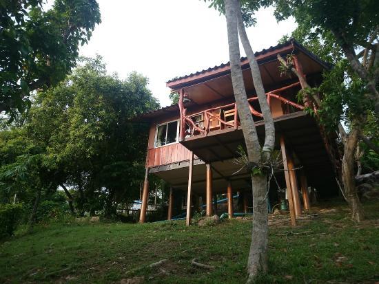 Phi Phi Sea Sky Resort : Vue du bas