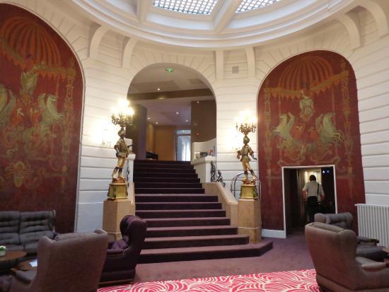 Reception area photo de oceania h tel de france nantes for Hotel france nantes