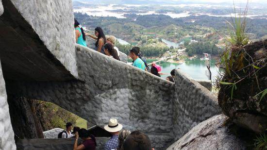 Piedra Del Penol: Best days outing for all ages.