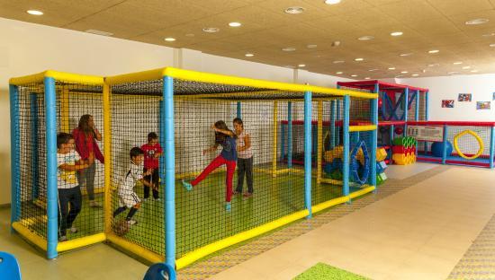 Carranque, Spain: Parque infantil