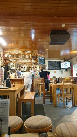 Ty Mawr Hotel: Bar area