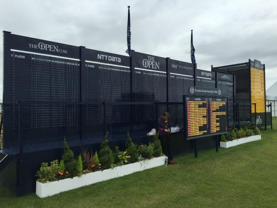 The Royal & Ancient Golf Club of St. Andrews: Board
