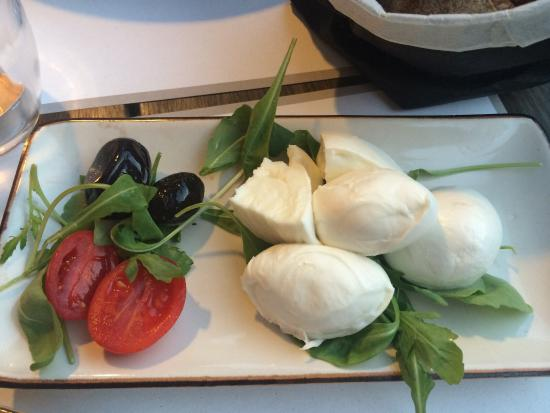 Yummy food cute atmosphere photo de obica mozzarella for Atmosphere cuisine