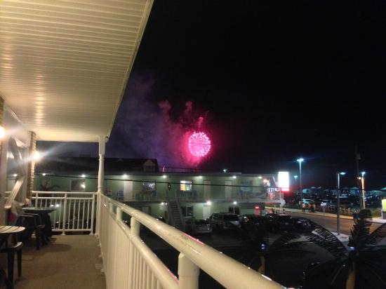 Starfire Motel: 4th of July fireworks