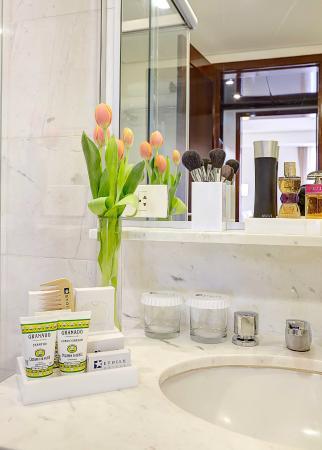 Etoile Hotels Itaim: Banheiro Suíte