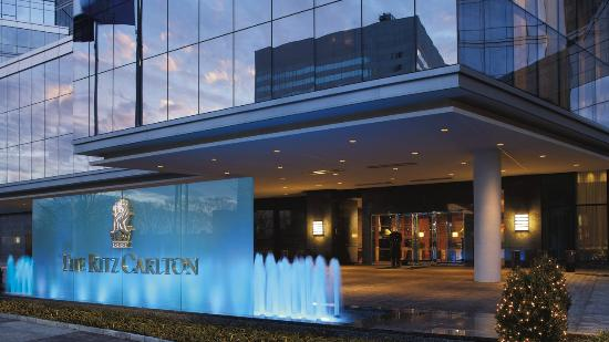 The Ritz-Carlton, Westchester: Hotel Exterior