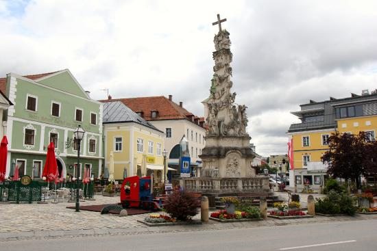 Zwettl Stadt, Østrig: Right in the main square