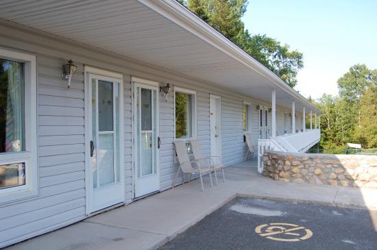 John's Motel : Part of exterior building