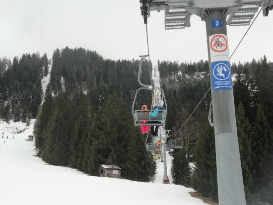 Rodelbahn Krinnenalpe: Subida de teleférico
