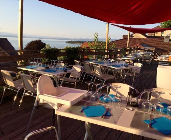 17 Cote Lac: La terrasse panoramique...