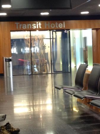 Zurich Airport Transit Accommodation: Entrance to the hotel