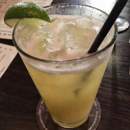 La Jolla Brew House: Pineapple Margarita
