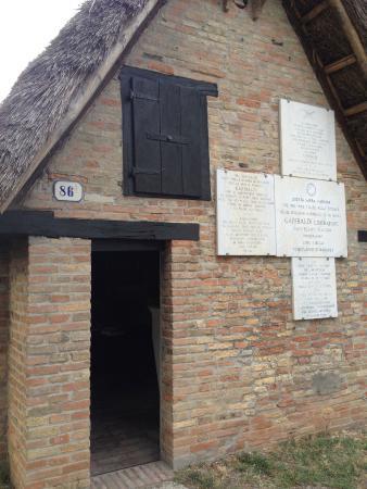 Province of Ravenna, Italien: Facciata Capanno