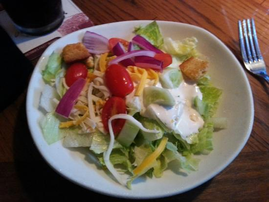 Outback Steakhouse: Salad is always fresh & good