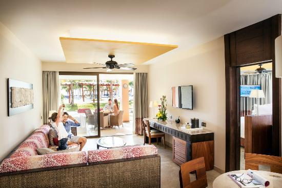 Barcelo Maya Caribe Suite Ocean Front Club Premium