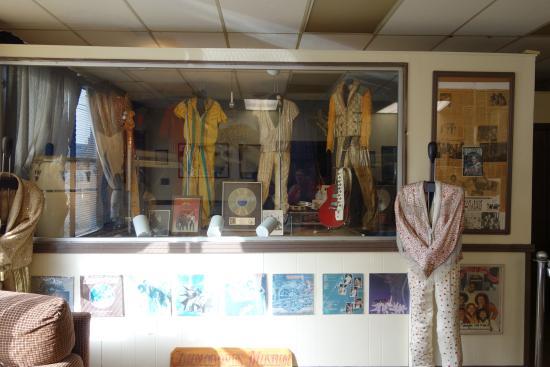 Tuskegee, AL: Cool displays