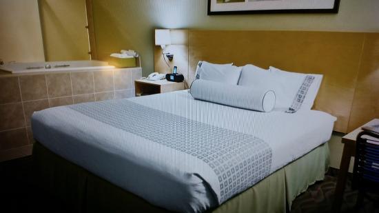 Hotel Nexus Seattle: King Bedroom