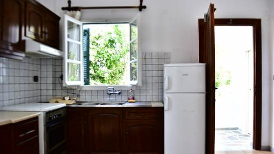 Marisa Rooms: 房間附有廚房冰箱,適合自由行旅客
