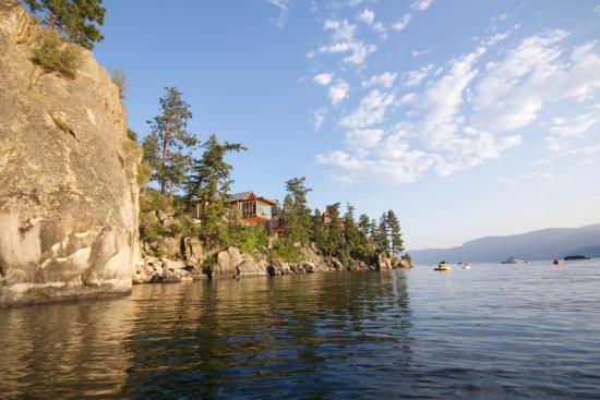 Βέρνον, Καναδάς: Lake view