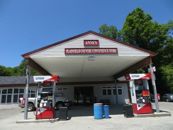 Plainfield, Nueva Hampshire: The country store from the outside